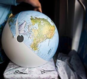 Handkaschierte Globen